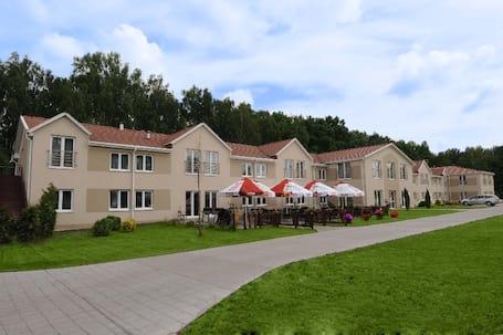 Firma na wesele: Hotel Borowina