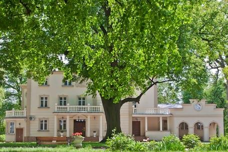 Firma na wesele: Zespół Pałacowo - Parkowy Ożańsk